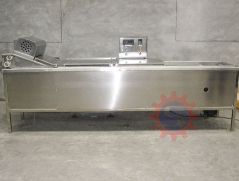 Gas conveyor fryer