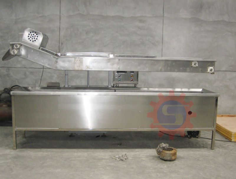 Electric conveyor fryer